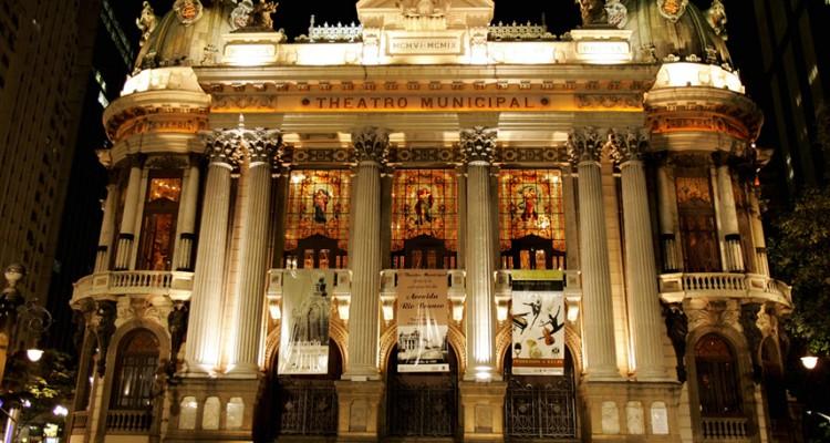 Conheça as histórias dos teatros do Centro Histórico do Rio de Janeiro