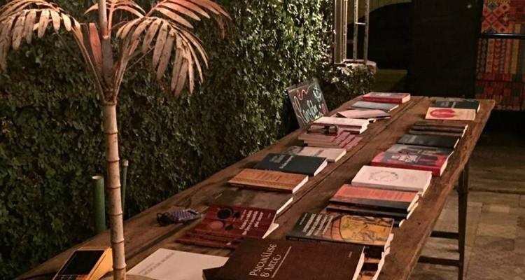 Que Coisa boa: literatura, bar e café no Centro Histórico de Vitória