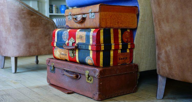 O verão está chegando: veja o que não pode faltar na sua mala